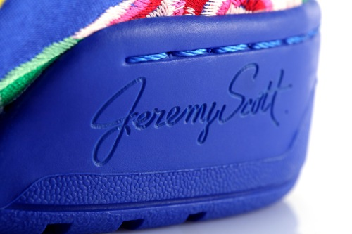 adidas-originals-by-jeremy-scott-2013-spring-summer-js-wings-special-edition-teaser-4
