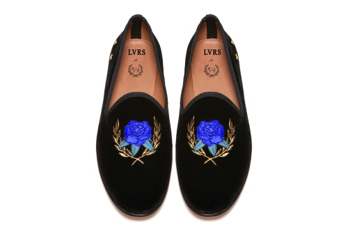 lvrs-x-del-toro-edition-ii-slipper-1